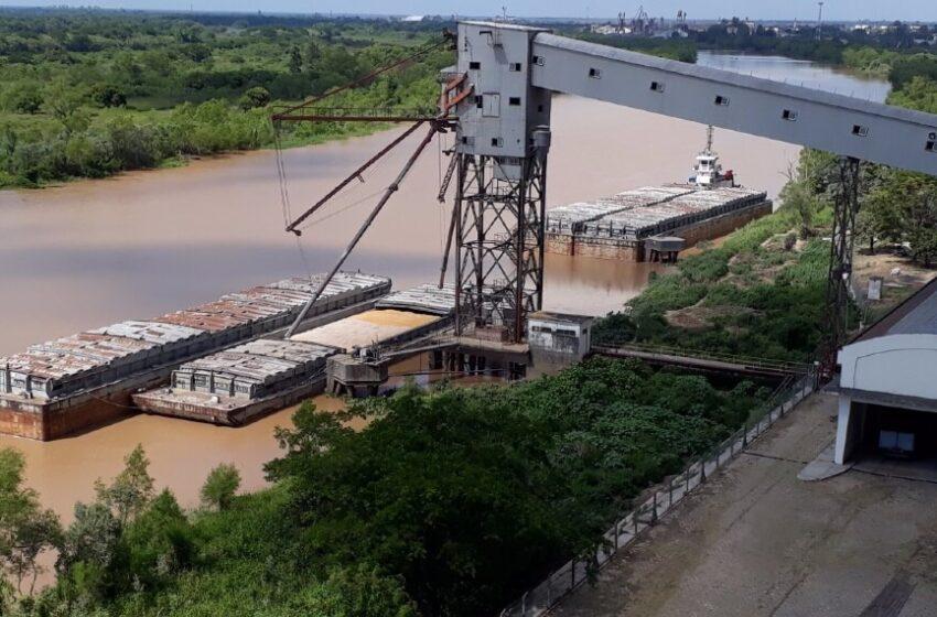 Chaco: así es la logística de la cosecha gruesa en el Puerto Barranqueras, un punto estratégico regional