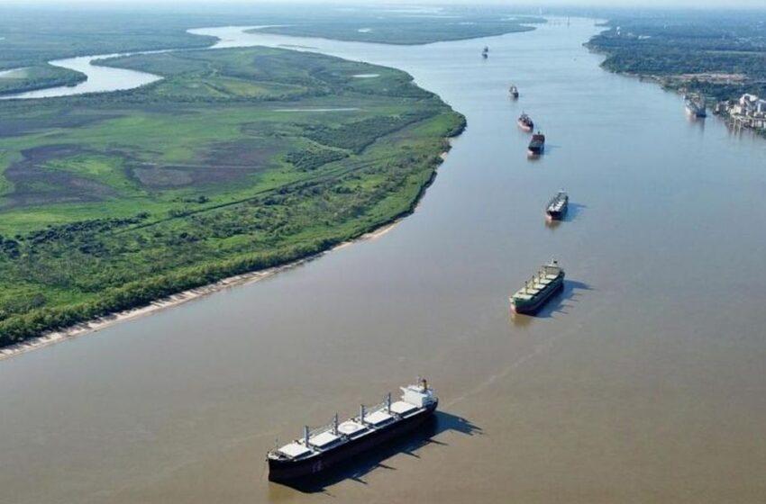Hidrovía: el Estado tomará por un año el control y la agroindustria está preocupada