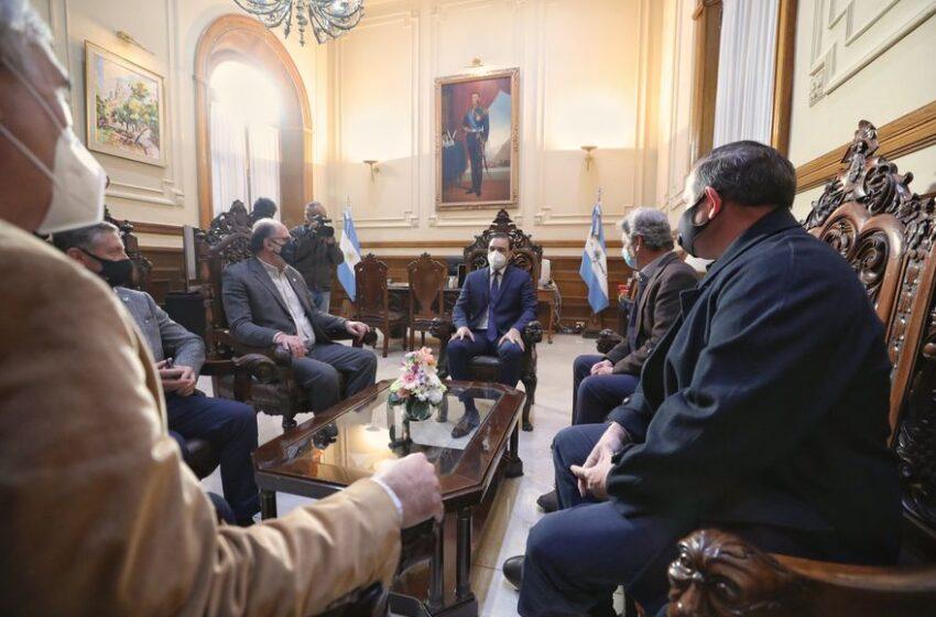 El gobernador de Corrientes le expresó a la Mesa de Enlace su preocupación por el cepo a la carne